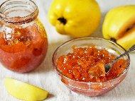 Рецепта Стъргано сладко от дюли със захар и лимонтузу в тенджера